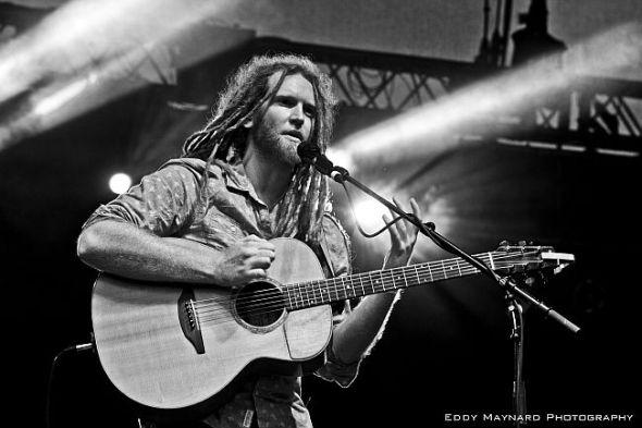 Newton Faulkner - 2012 Image Spring tour